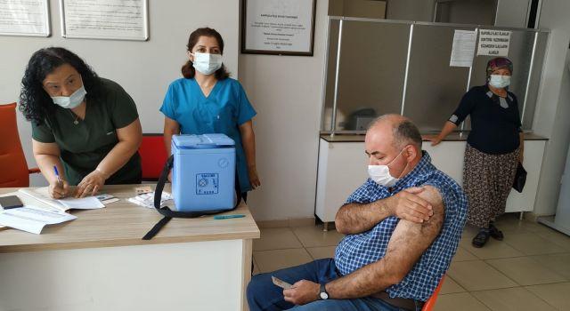 Karpuzlu'da Vatandaştan Aşıya Yoğun İlgi