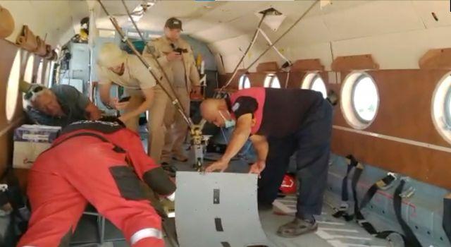 Yangın Helikopterine Yılan Girdi