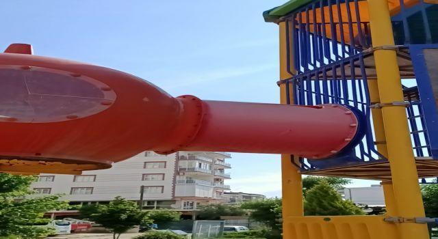 Nazilli'de Oyun Parkı Tehlike Saçıyor