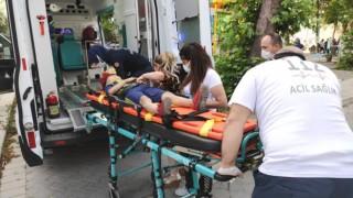 Üzerine Ağaç Devrildi, İğneden Korktu Ambulansa Binmedi