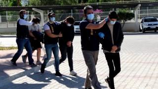 Sanal jigolo sitesiyle vatandaşları 1 milyon TL dolandıran 8 kişiye gözaltı